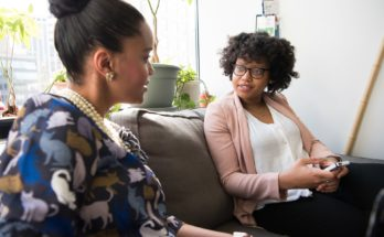 Free Marriage Counseling vs. Relationship Coaching Apps